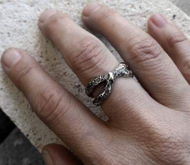 Blister ring